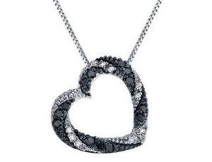 Picture of Black & White Diamond Heart